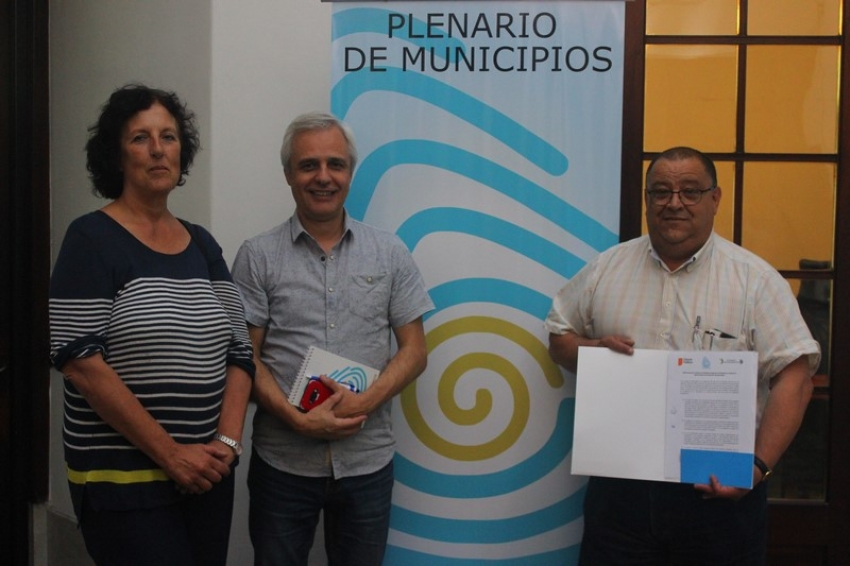 Plenario de Municipios colaborará con el Instituto de Ciencia Política de la Udelar